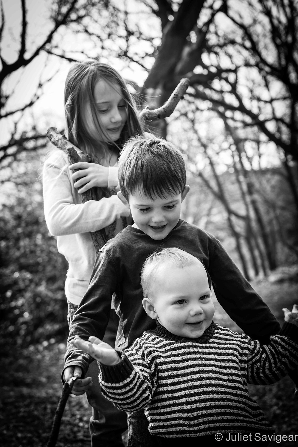 Children's Photography In The Woods - Tooting Common