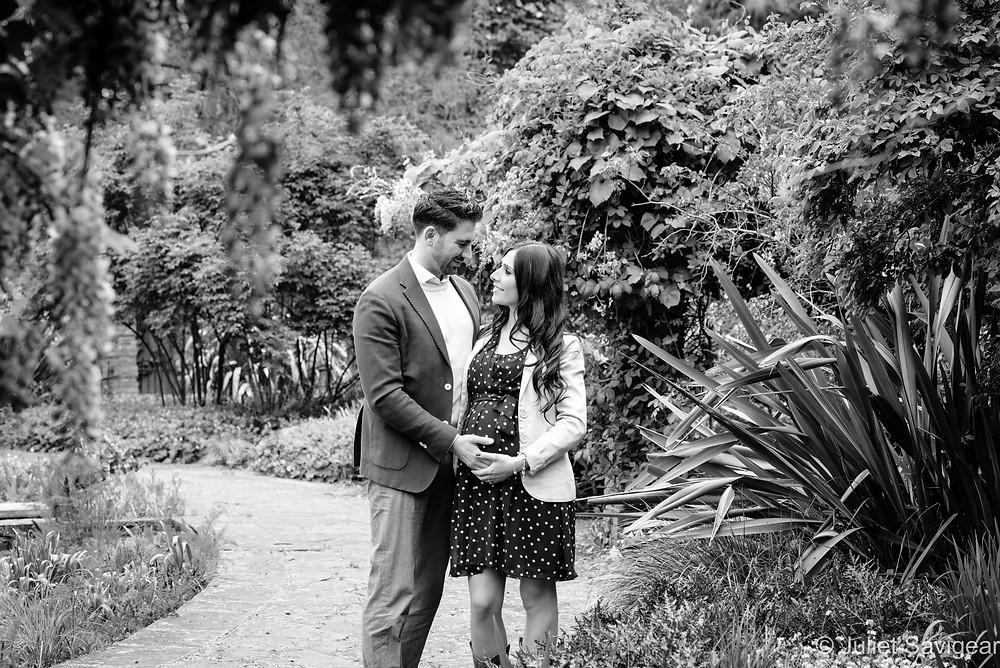 Romantic pregnancy photography