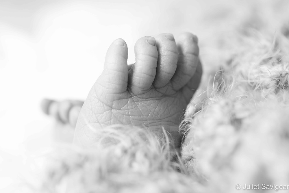 Baby Toes - Newborn Baby Photography, Victoria, London