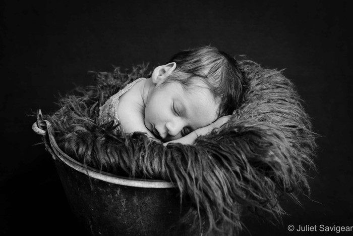 Newborn Baby & Family Photographer - Raynes Park