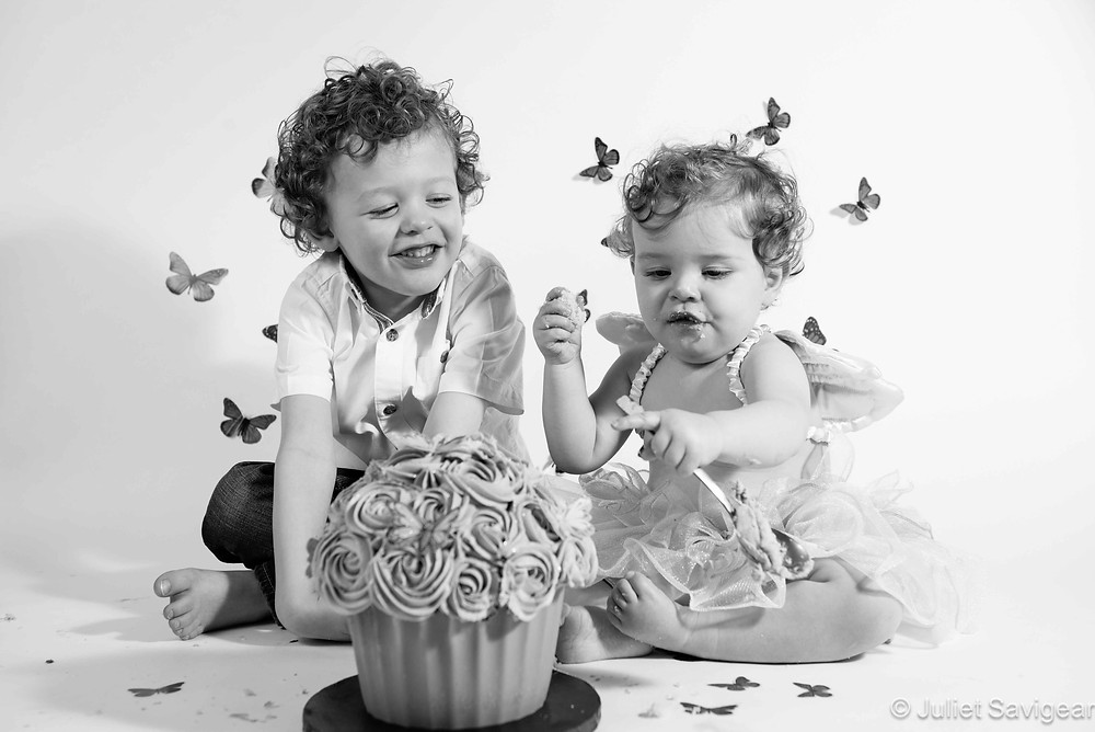 Cake Smash - Children's First Birthday Photography, Wimbldeon