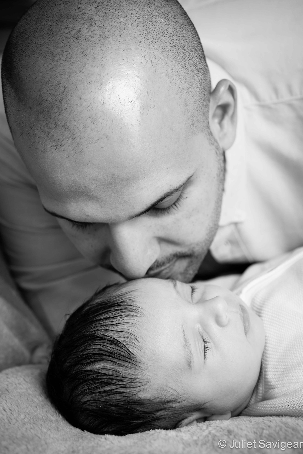 Kisses From Daddy - Baby & Family Photography, Bayswater