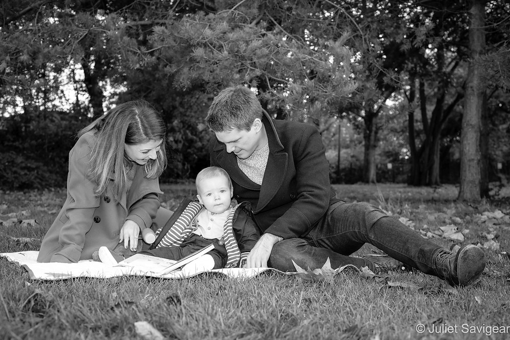 Family photos in the park