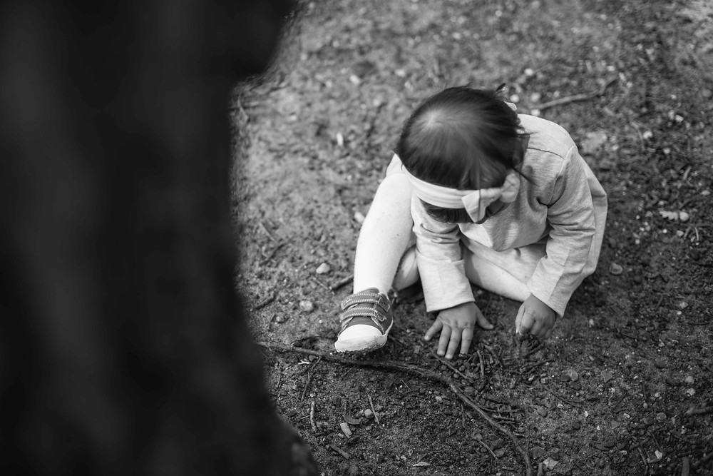 Children's Photography - playing in the mud