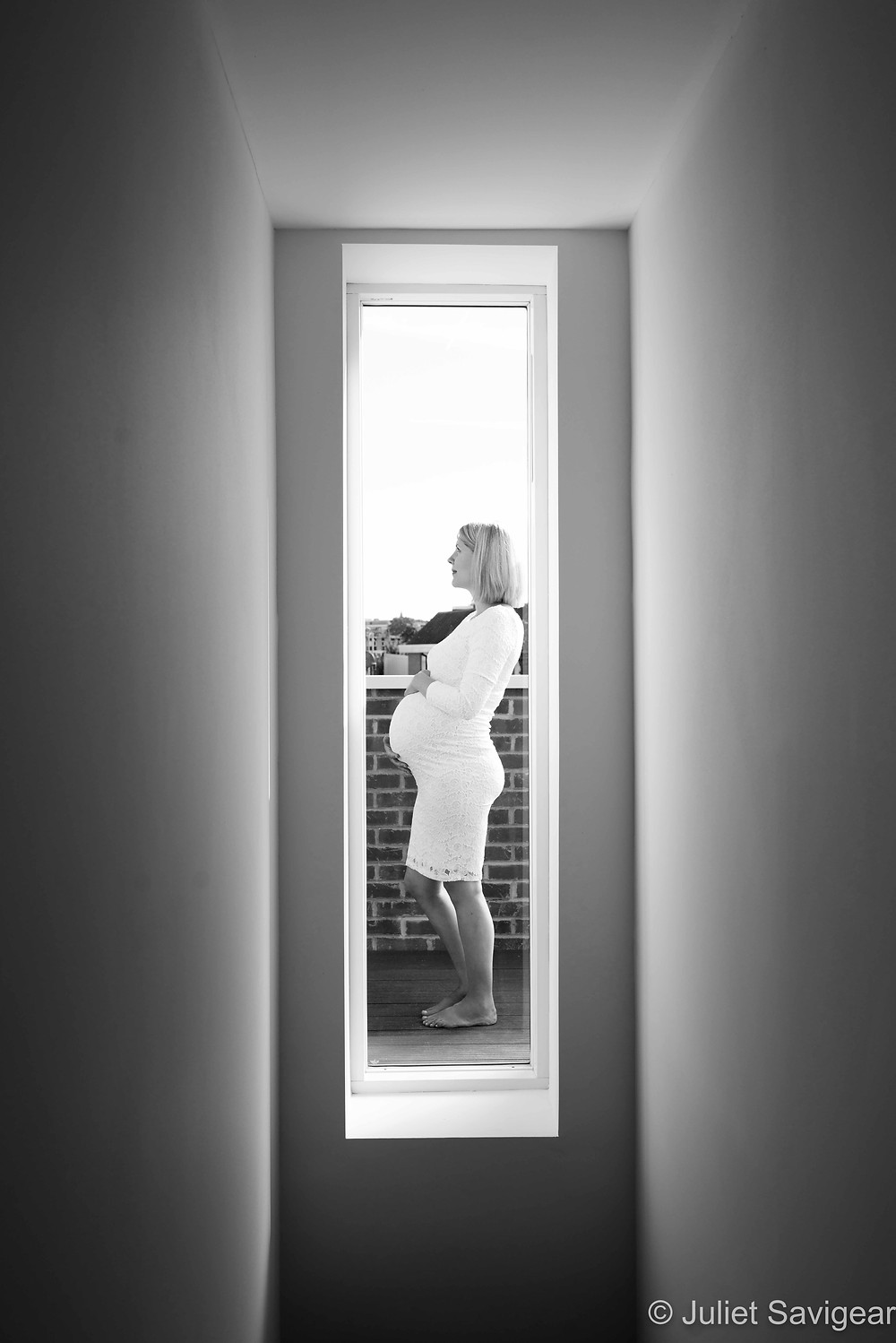 Through The Window - Maternity Photography, Tooting Common
