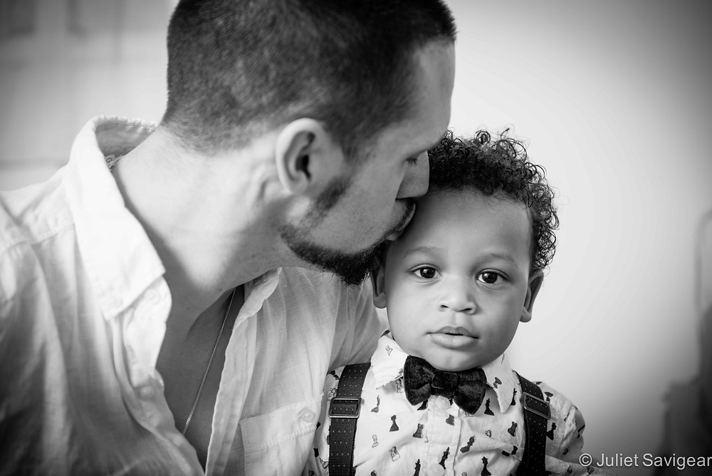 Daddy's Kiss - Children's & Family Photography, Brixton