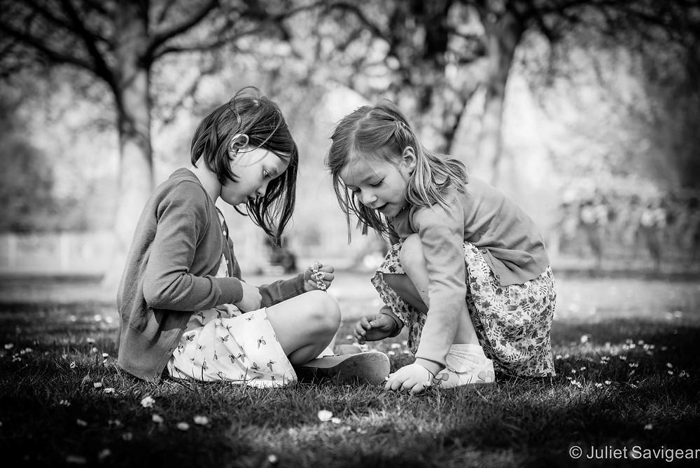 Daisy Chains - Children's Photography, Clapham Common