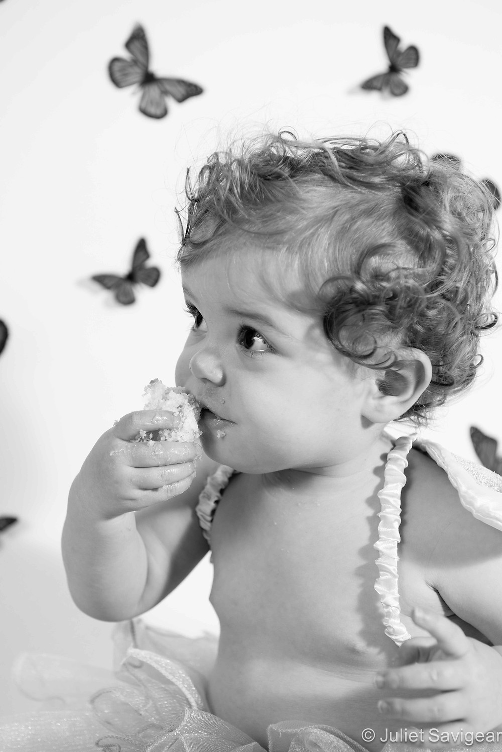 Yummy! Cake Smash - Children's First Birthday Photography, Wimbldeon