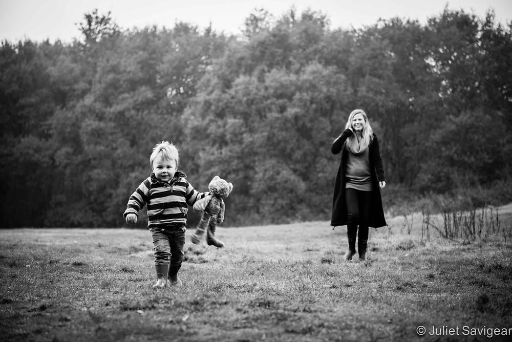 Leading The Way - Family Photo Shoot - Wimbledon Common