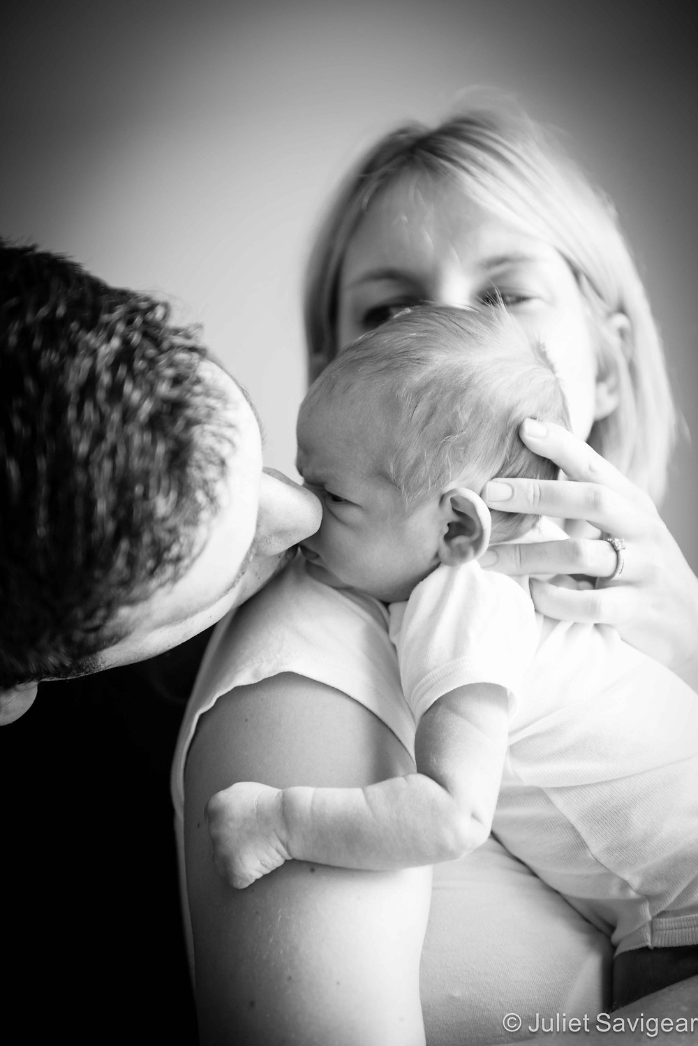 Kisses From Daddy - Newborn Baby & Family Photography, Greenwich