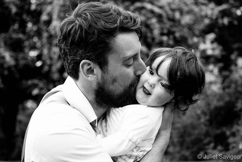 Kiss - Family Photography, Penge