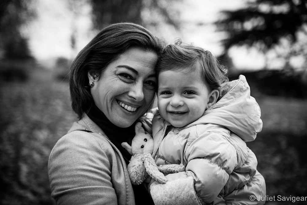 Mother & daughter - Twins Photography in Battersea Park - Kensington & Chelsea