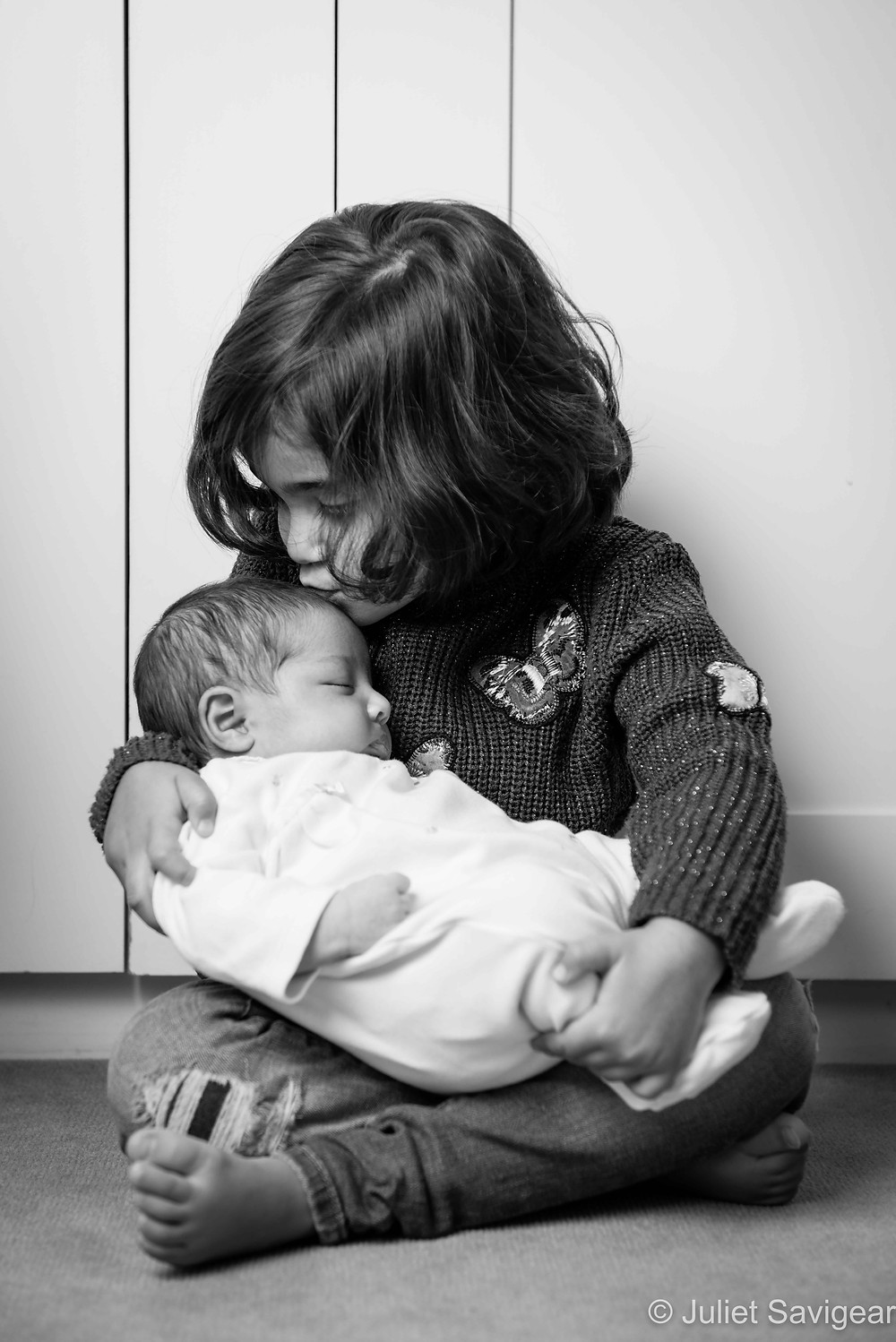 Sisterly Kiss - Baby & Children's Photography, Balham