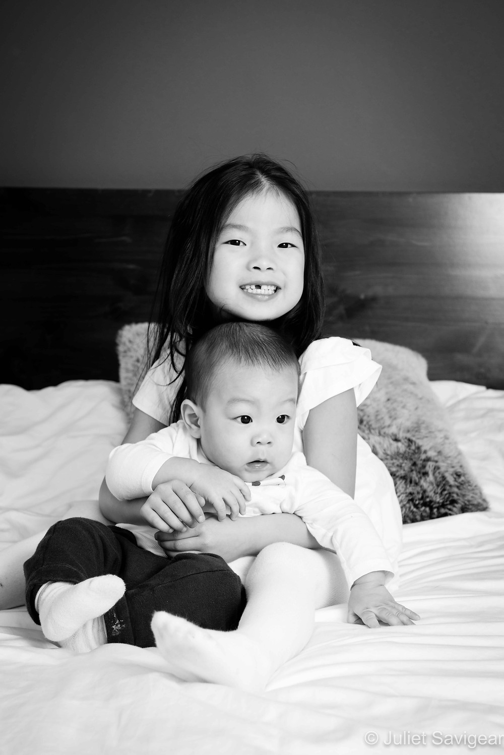 Big Sister - Children's Photography - Parsons Green