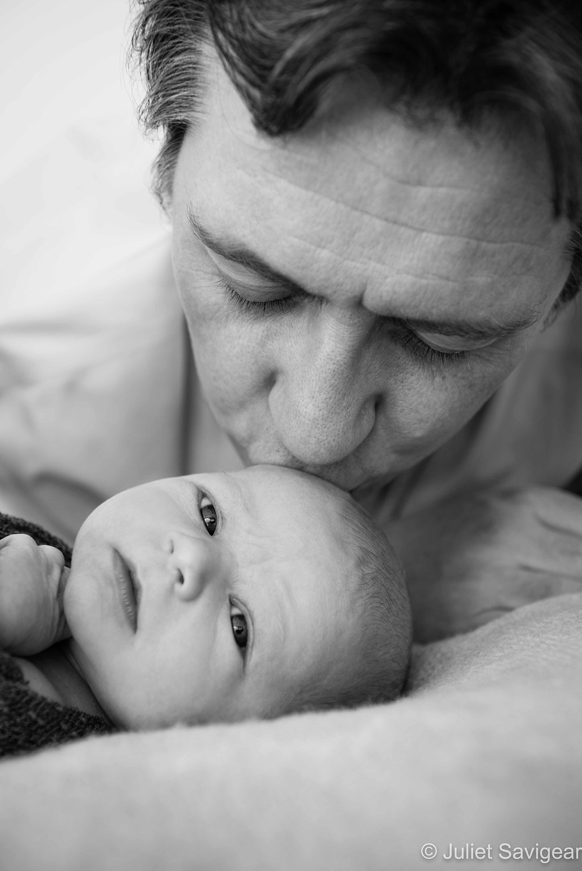 Daddy's Kiss - Newborn Baby & Family Photography, Wimbledon