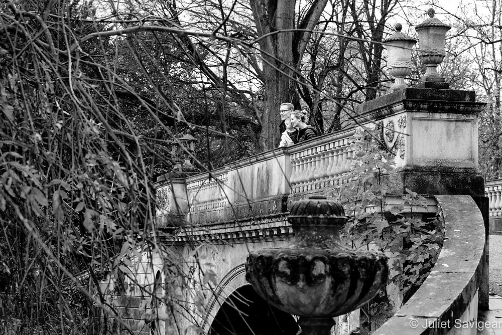 Family on bridge at Chiswick House