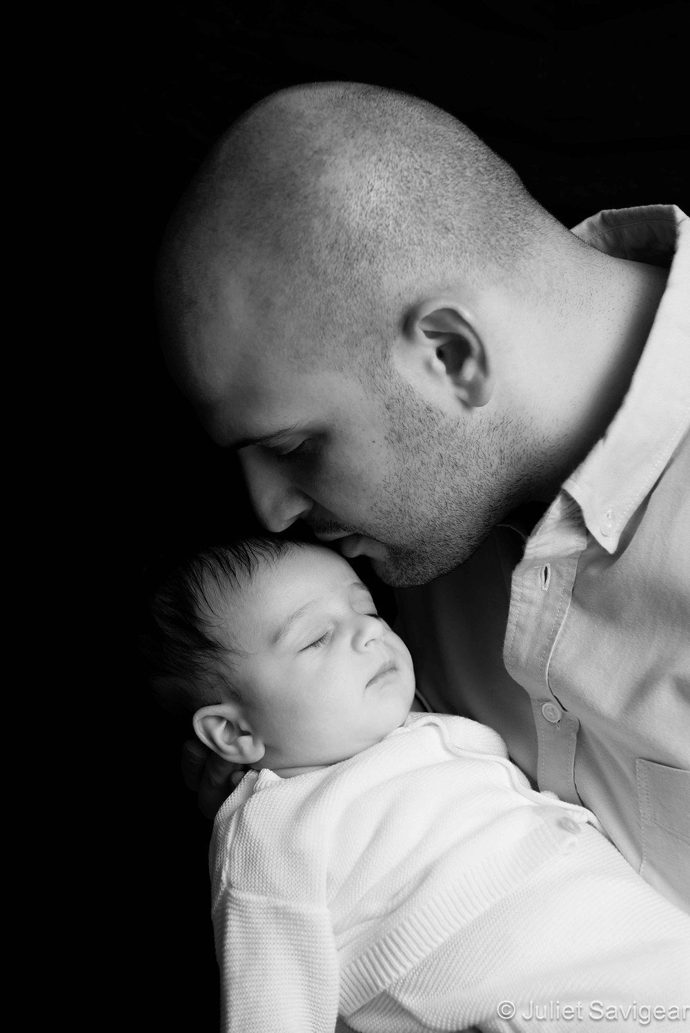 Daddy's Kisses - Baby & Family Photography, Bayswater