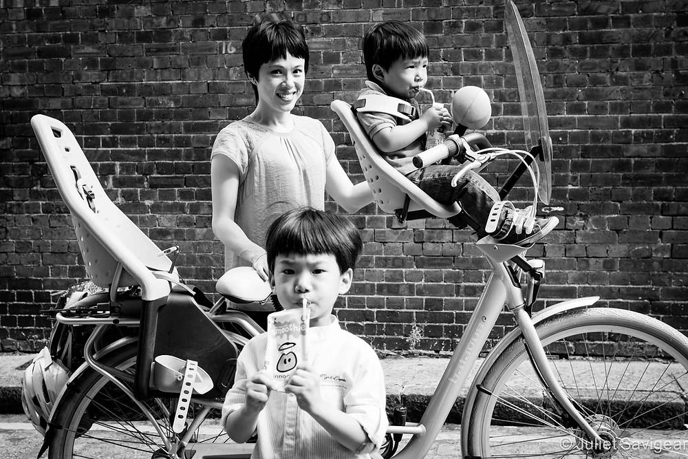 Drinks Break - Family Photography, Wapping, London