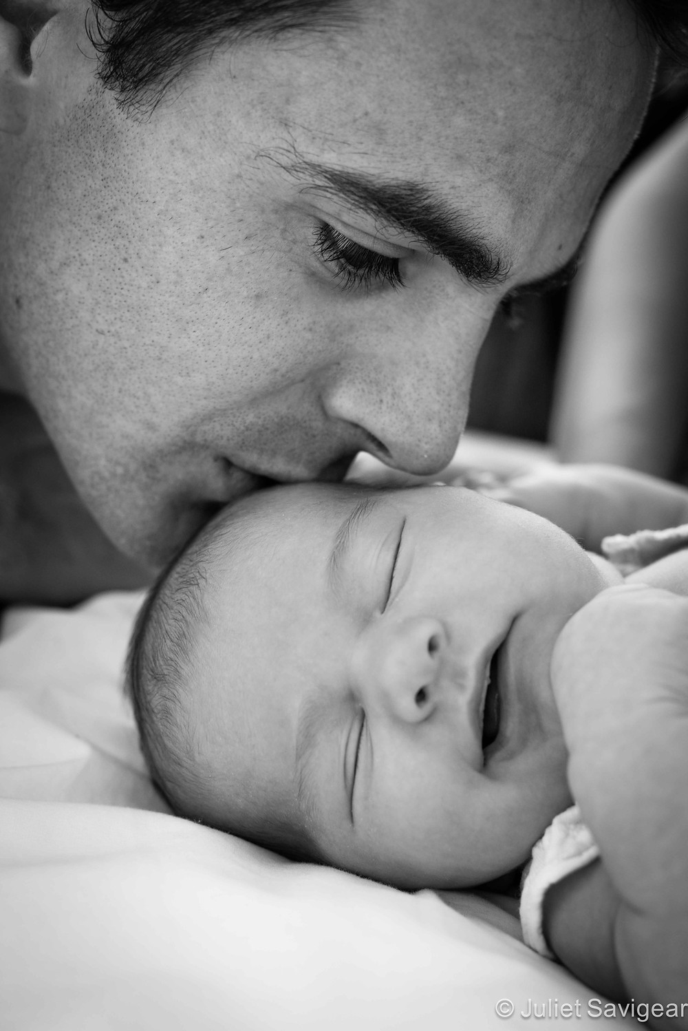 Daddy's Kisses - Newborn Baby & Family Photography, Putney