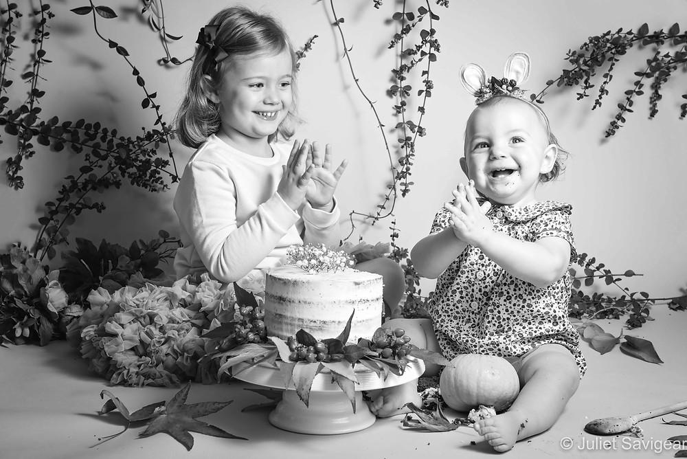 Cake Smash with sister