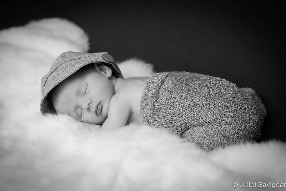 Cosy Baby Boy - Newborn Baby Photogrpahy, Tooting