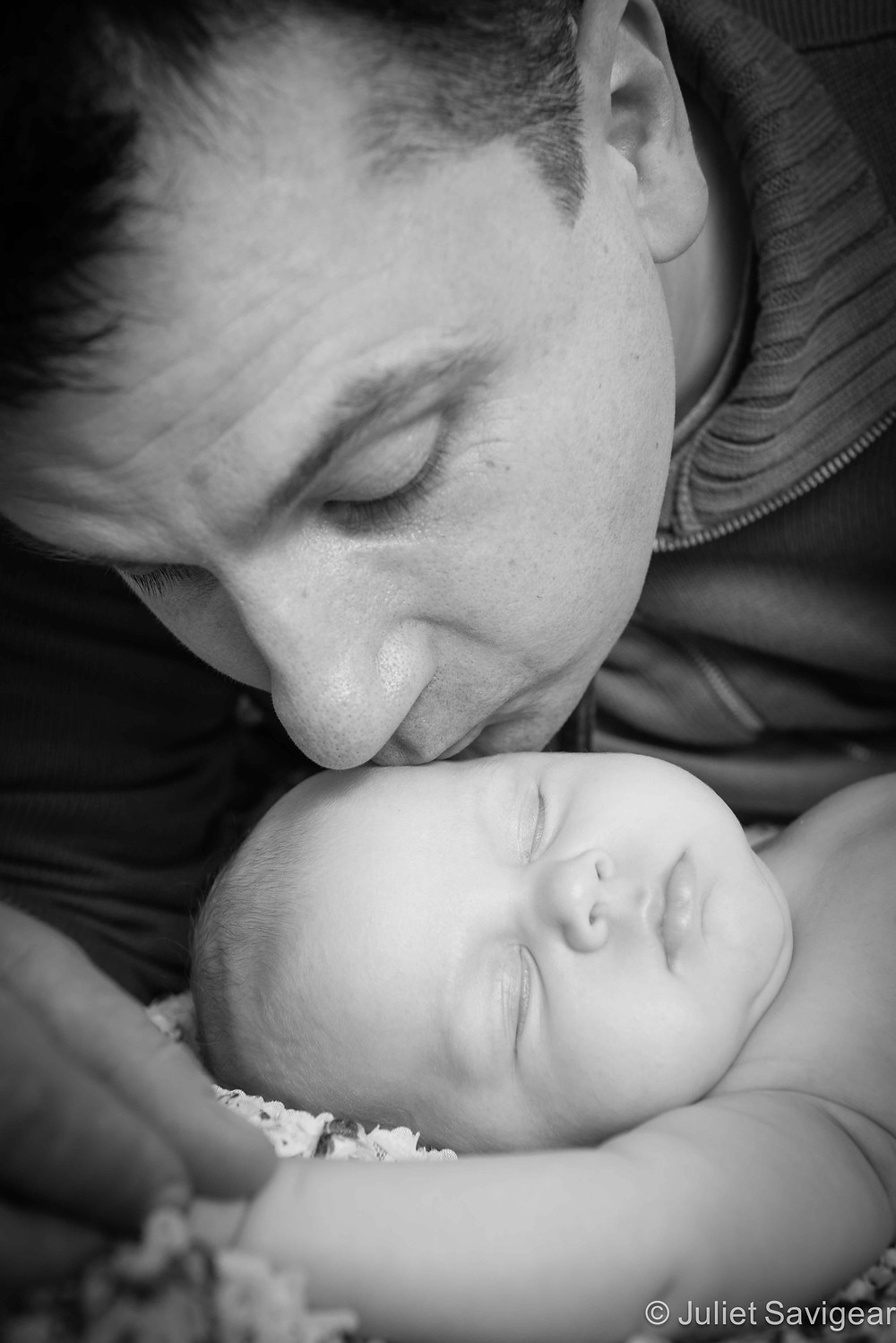 Kisses From Daddy - Baby & Family Photography, Orpington