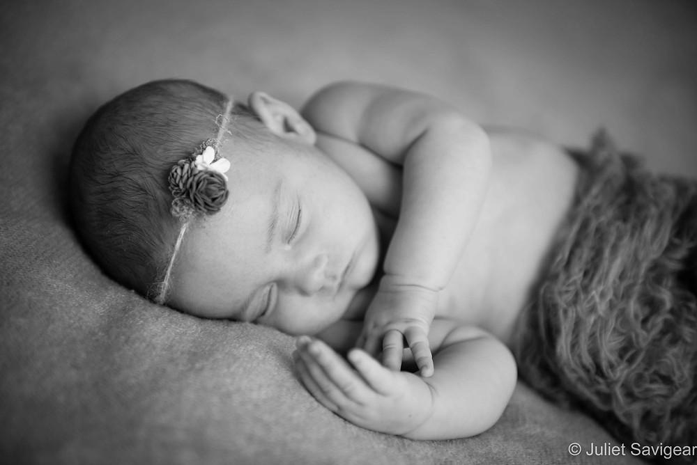 Sleepy Head - Newborn Baby Photography, Canary Wharf