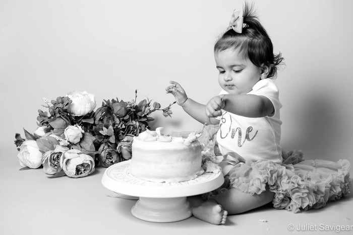 First Birthday Cake Smash Photographer - Purley
