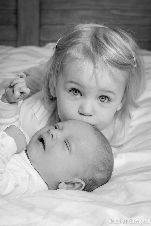 Big sister's kiss
