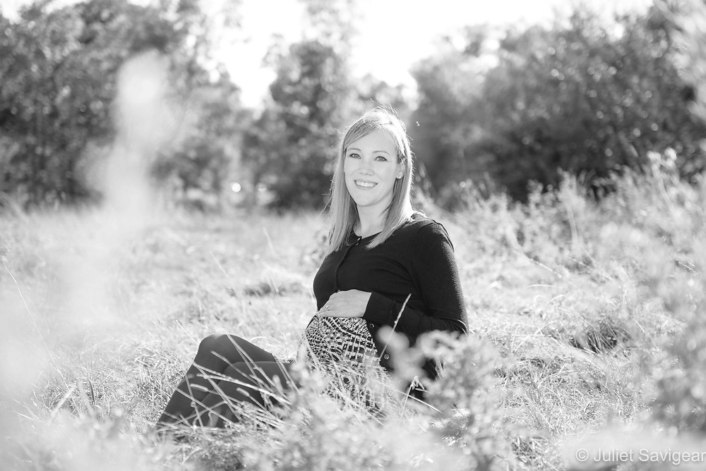 Maternity photography in the sunshine
