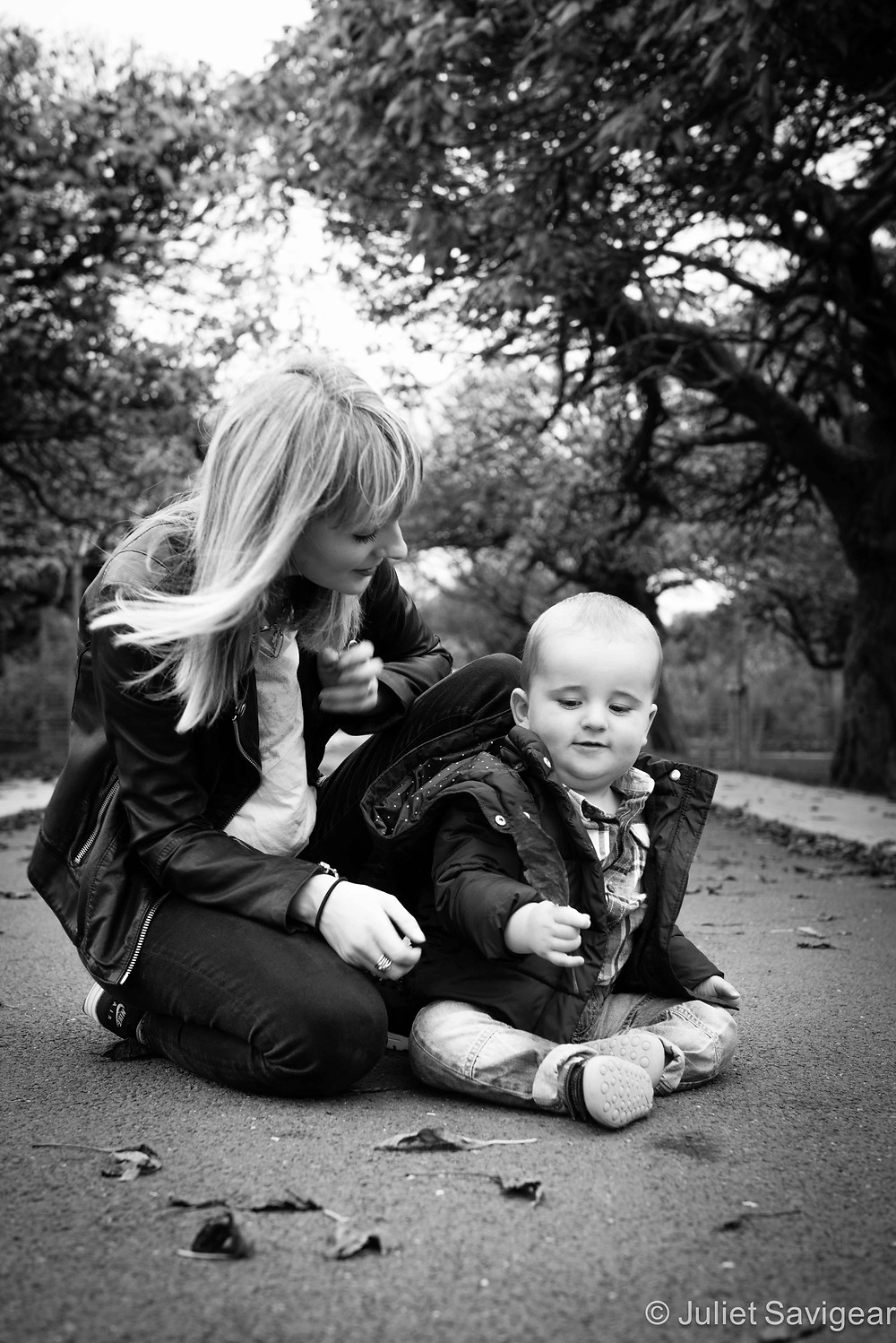 Playing With Leaves - Baby & Family Photography, Tottenham