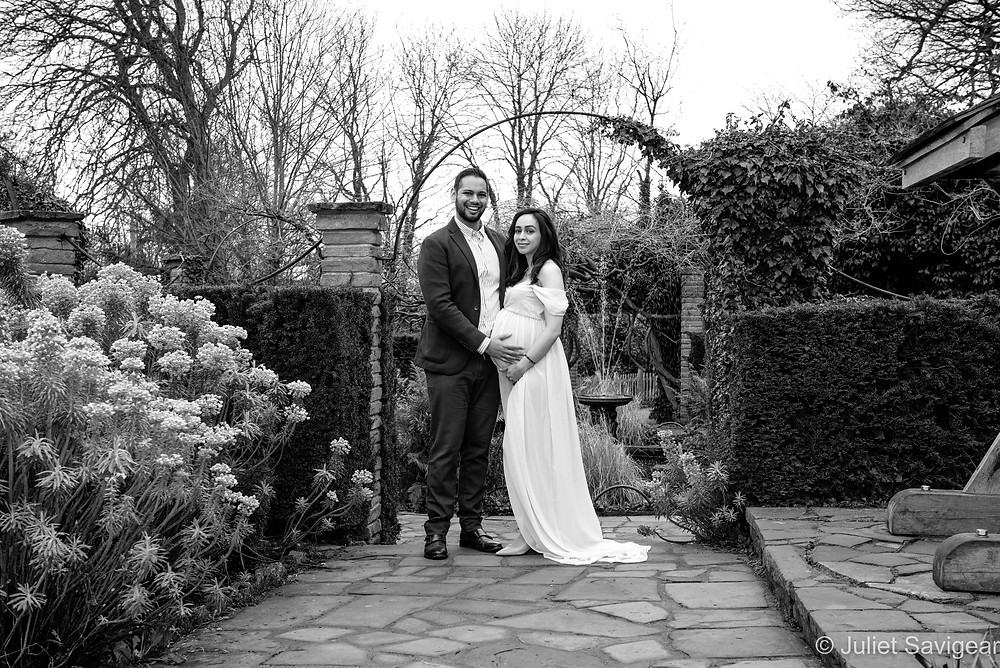 Pregnancy shoot at The Rookery