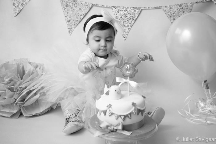 Cake Smash & Baby Photographer - Hendon, North London