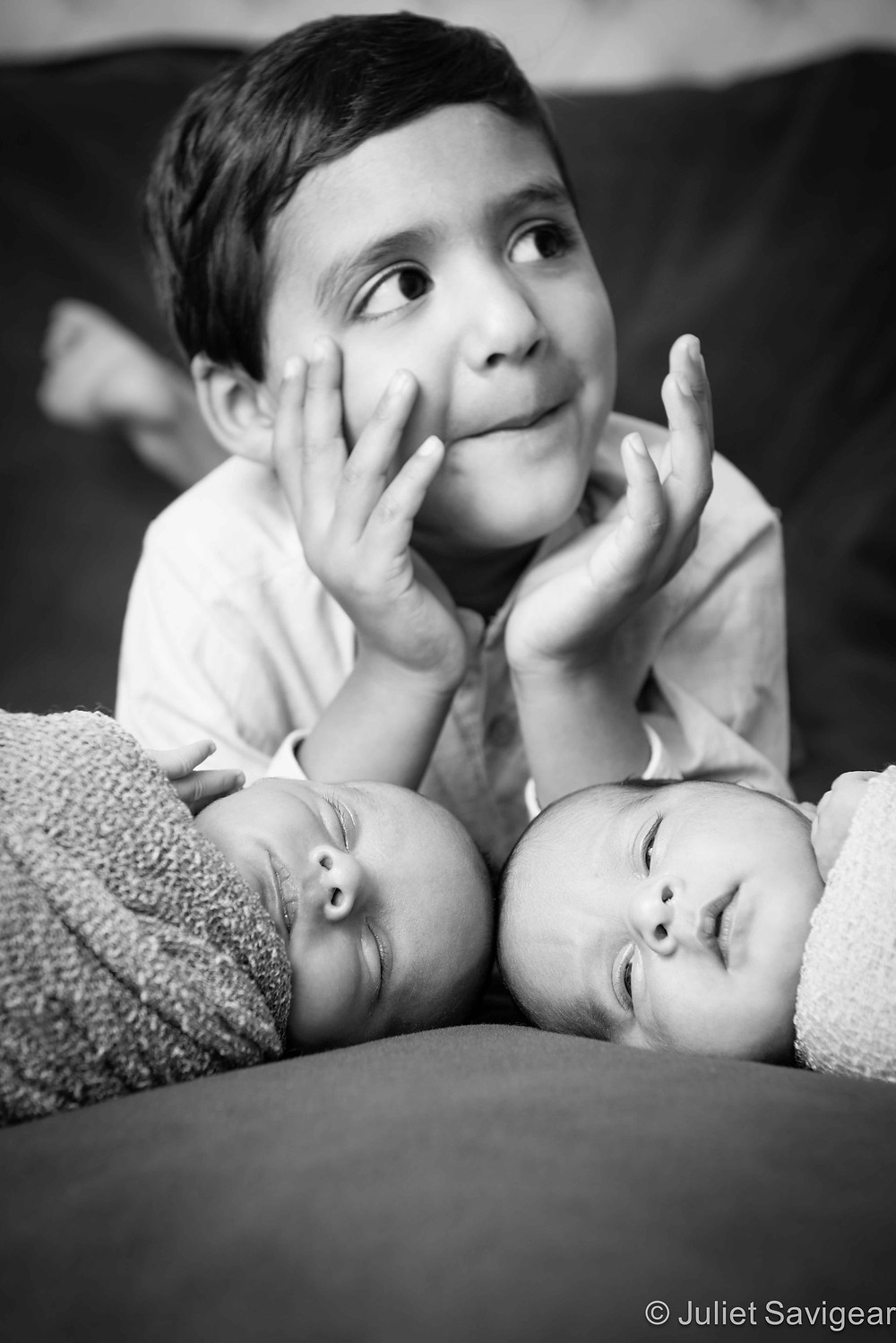 My new brother & sister - Children's & newborn baby Photography, Victoria, London
