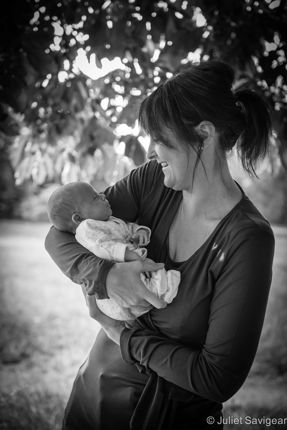 Mother & Baby - Baby & Family Photography, Tooting Common