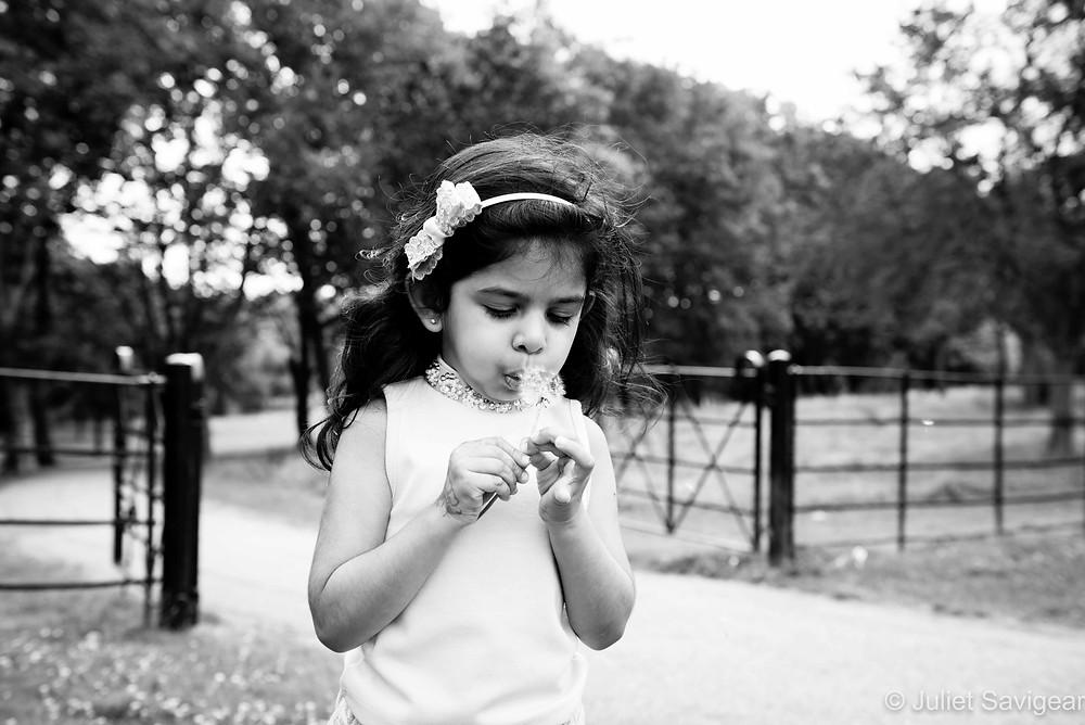 Dandelion Clocks - Children's Photography - Gladstone Park, London