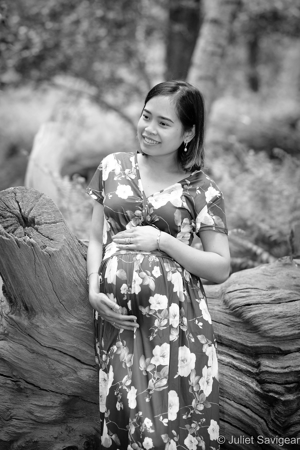 Natural outdoor maternity