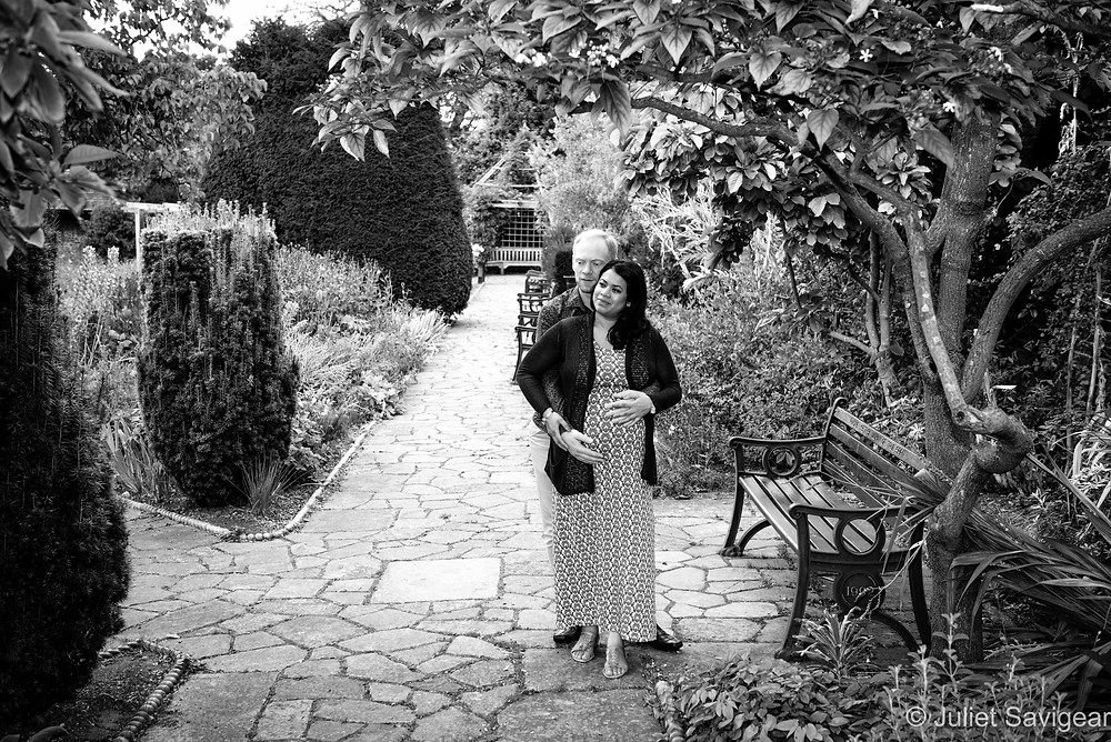 In The Garden - Maternity Photography - Brockwell Park