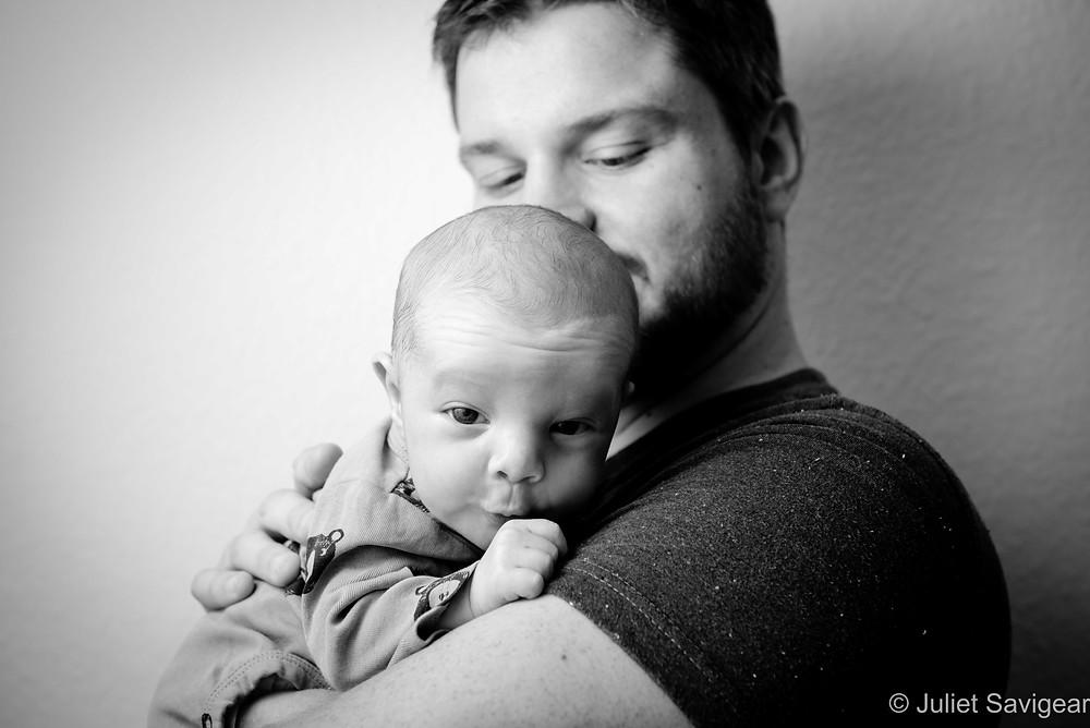 Baby Oooooh! On daddy's shoulder