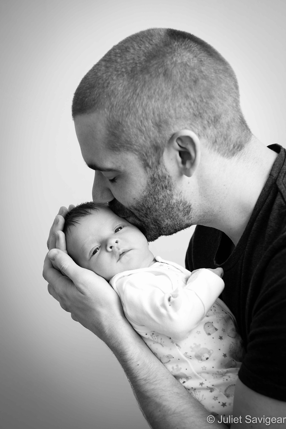 Daddy's Kiss - Newborn Baby & Family Photography, Battersea