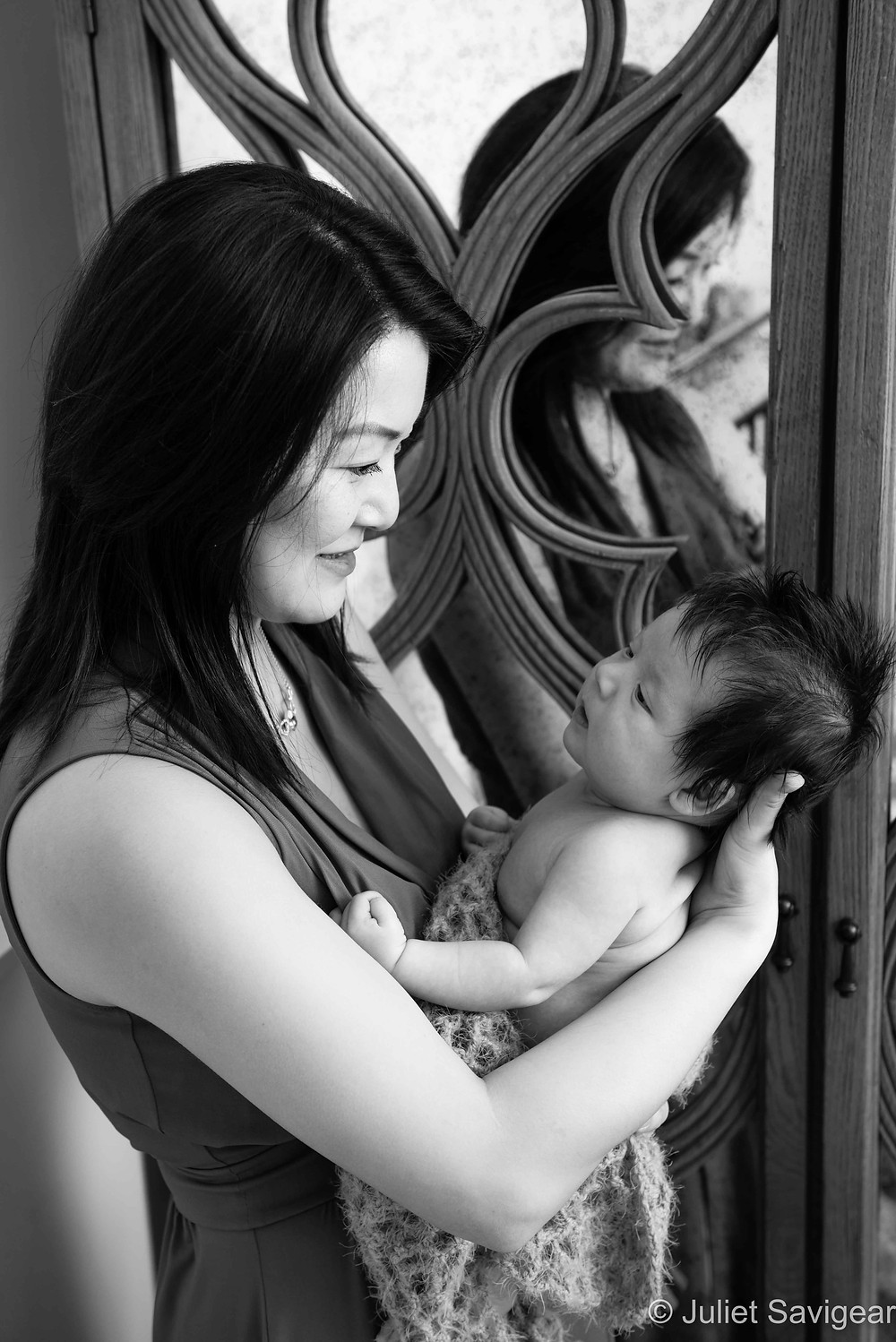 Mummy's Arms - Baby & Family Photography, Clapham