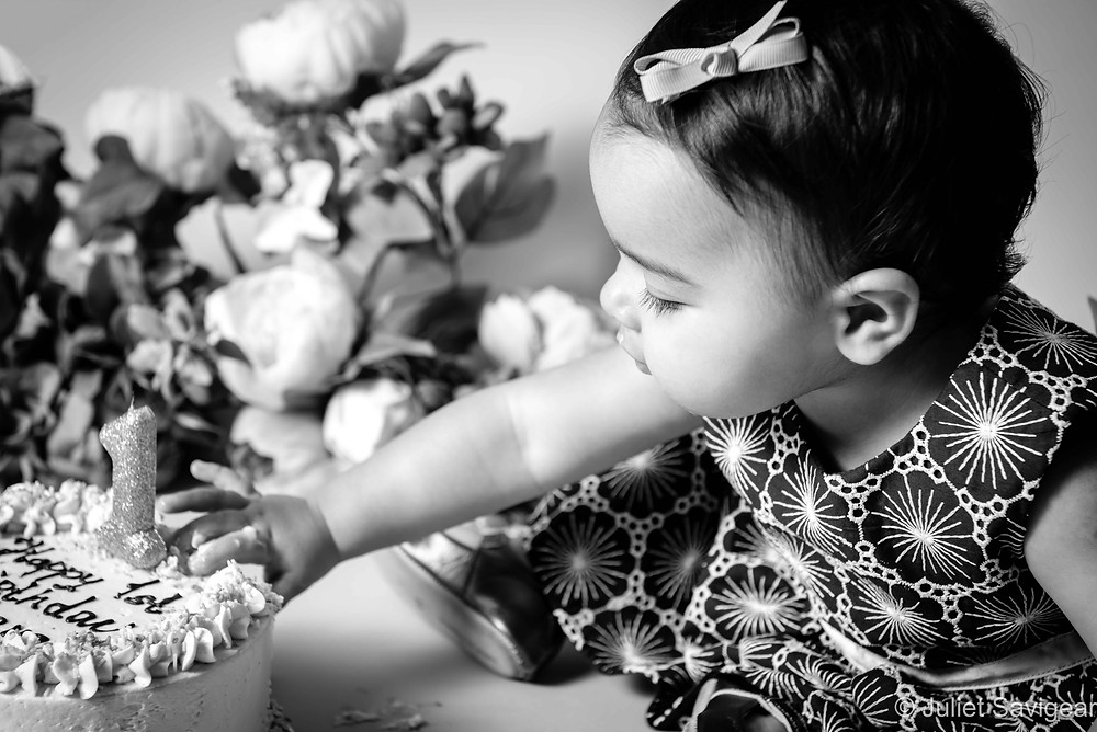 Cake Smash with Flowers