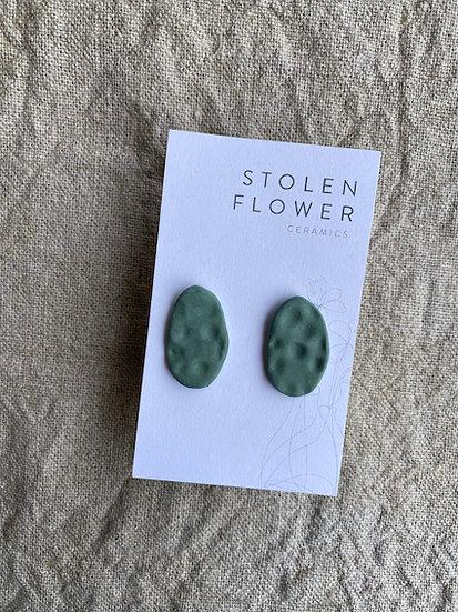 Skimming Stone Stud - Matte Gum Leaf