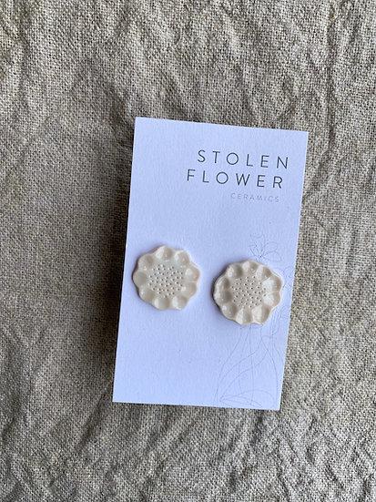 Bloom Stud - Palest Peony