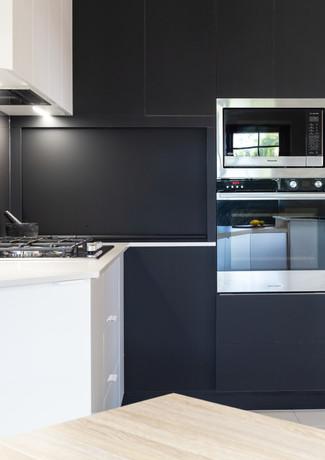 Coles_Hill_Kitchen.jpg