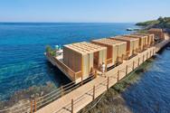 bodrum-hotel-blue-beach-boardwalk-and-ca