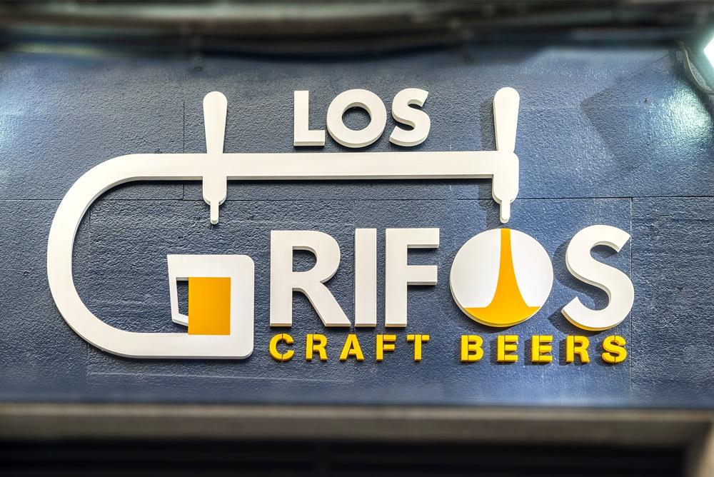Los Grifos_logotipo