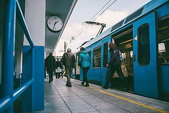 Tren-01-Small.jpg