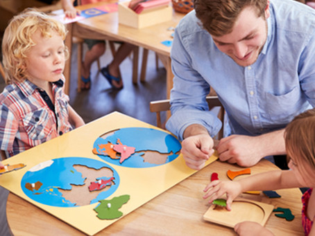 Master the basis of Montessori education