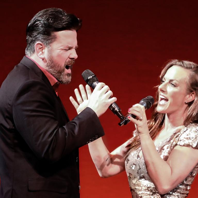 Twitty & Lynn: A Salute to Conway & Loretta
